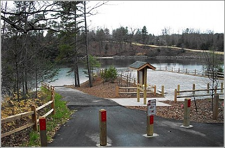 Lake Keowee Kayak Launch Parking